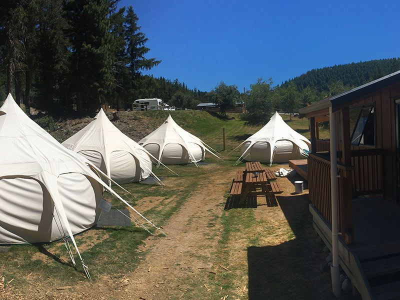 glamping-surrounds